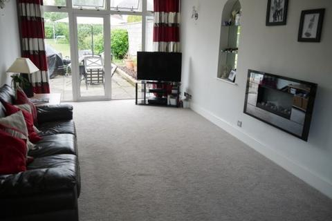Terraced house to rent - Gnomen Towers, Clarence Road, London, London, SE8