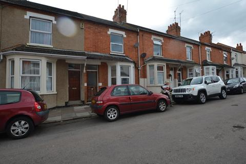 4 bedroom mews to rent - Roseholme Road, Abington , Northampton