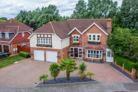 6 bedroom detached house for sale - Belfry Lane, Collingtree Park, Northampton