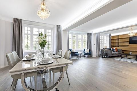 3 bedroom apartment to rent - Grosvenor Court, Sloane Street SW1