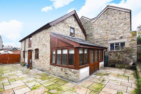 2 bedroom detached house for sale - Kington, Herefordshire, HR5