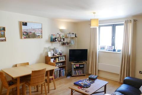2 bedroom apartment to rent - VELOCITY NORTH, 3 CITY WALK. LEEDS LS11 9BE