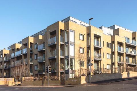 1 bedroom flat to rent - Park House, Hove