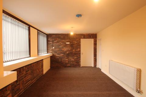 2 bedroom flat to rent - Rutland Road, Bearwood