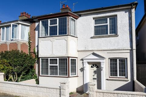 4 bedroom terraced house for sale - Colbourne Road, Hove, East Sussex, BN3