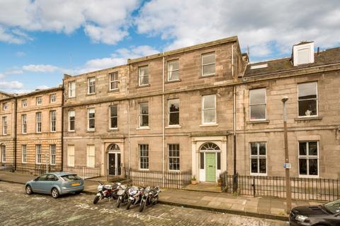 2 bedroom flat to rent - Forth Street, New Town, Edinburgh, EH1 3JX