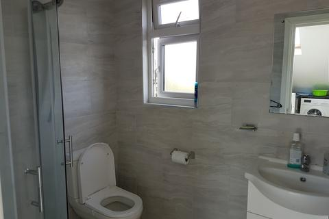 1 bedroom flat to rent - BENTON ROAD , ILFORD  IG1