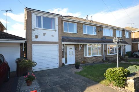 4 bedroom semi-detached house for sale - Keren Grove, Wrenthorpe, Wakefield