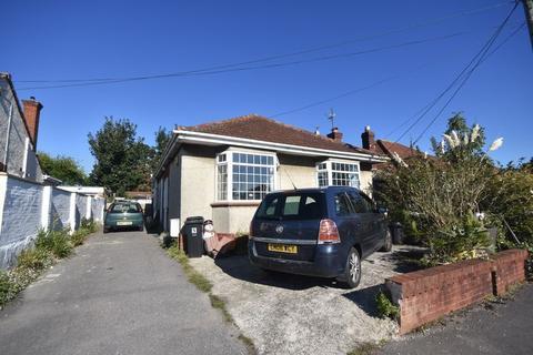 3 bedroom bungalow for sale - Baglyn Avenue, Kingswood