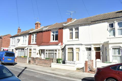 3 bedroom terraced house to rent - Canterbury Road, Southsea