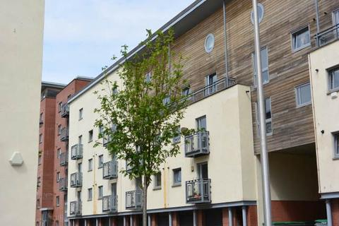 2 bedroom flat to rent - Thorter Row, City Quay , Dundee