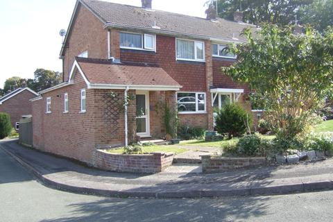3 bedroom end of terrace house to rent - Beech Road, Alresford