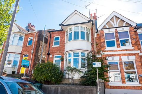 3 bedroom end of terrace house for sale - Osborne Road, Brighton, BN1