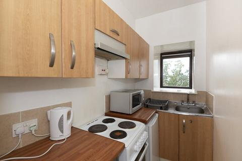 2 bedroom flat to rent - 200 Market Street