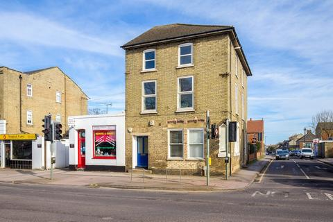 2 bedroom maisonette to rent - Kneesworth Street, Royston