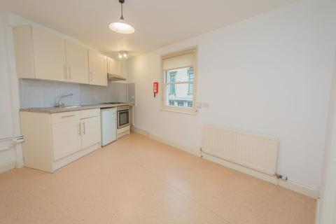1 bedroom flat to rent - Lombard House, St James Parade