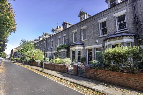 3 bedroom terraced house to rent - Newton Terrace, York, YO1