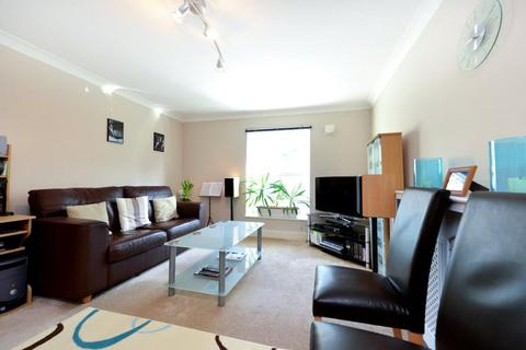 1 bedroom flat to rent - Arlington Court, 444 Archway Road, London, N6