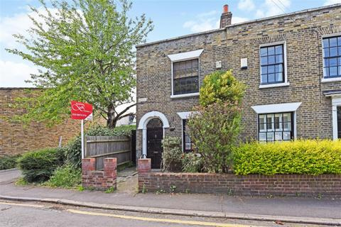2 bedroom end of terrace house to rent - Wandle Bank, Wimbledon