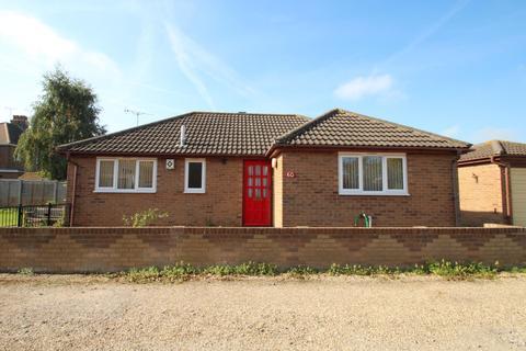 2 bedroom detached bungalow for sale - TURNER ROAD, COLCHESTER