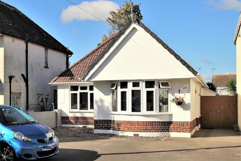 3 bedroom detached bungalow for sale - Stanley Green Road, Oakdale, POOLE, Dorset