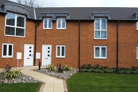 2 bedroom flat to rent - Burton Croft, Burton Stone Lane