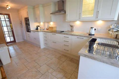 4 bedroom detached house for sale - Tetney Lane, Holton Le Clay, North East Lincolnshire