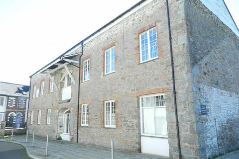 3 bedroom apartment for sale - Bridge Court, Castle Street, Totnes, Devon, TQ9