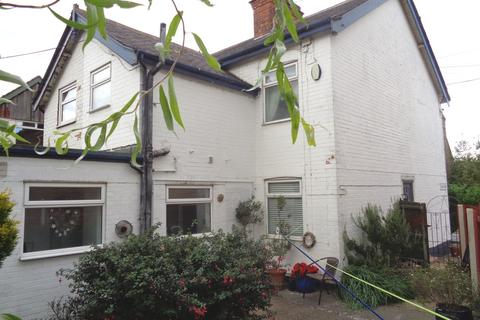 2 bedroom semi-detached house to rent - 5 Main Street