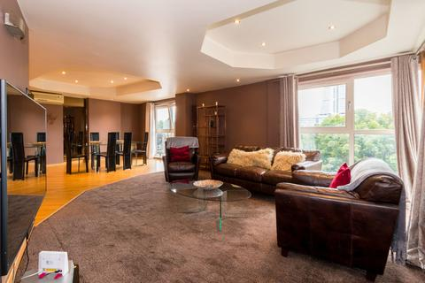 2 bedroom apartment to rent - The Bridge Apartments, Leeds City Centre