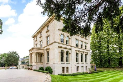 2 bedroom apartment for sale - Ellerslie House, 108 Albert Road, Cheltenham, Gloucestershire, GL52