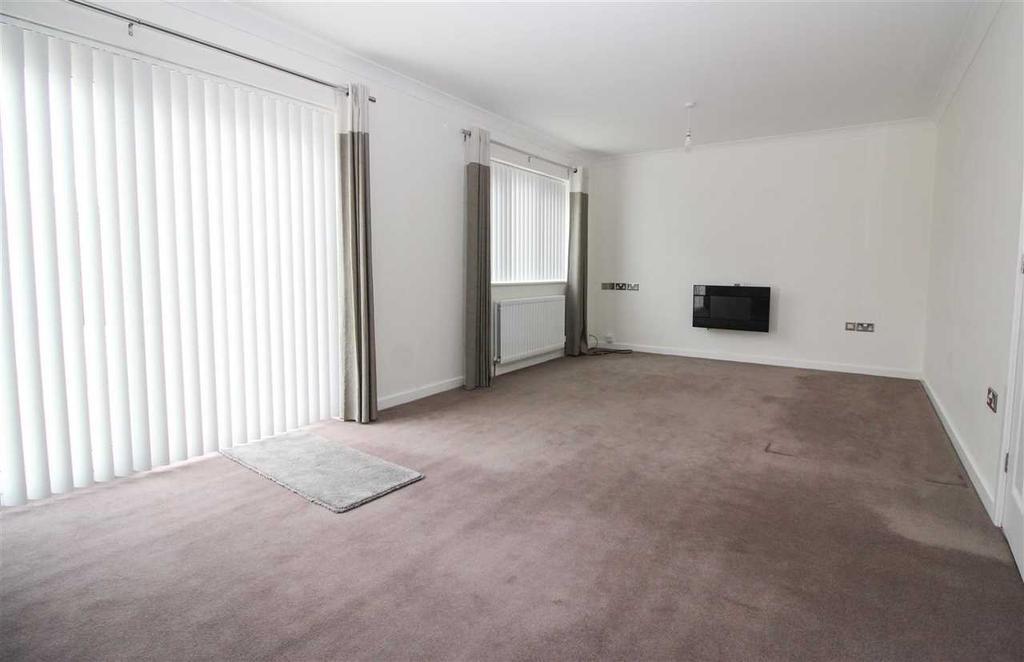 Living room (rear )