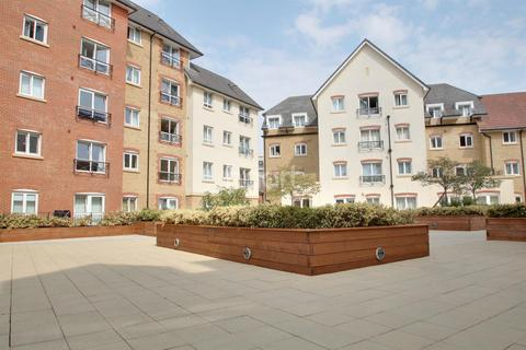 2 bedroom flat for sale - Northampton