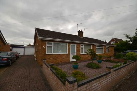 2 bedroom semi-detached bungalow for sale - Sprowston, Norwich
