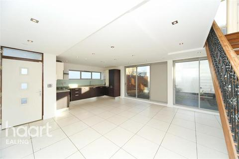 4 bedroom detached house to rent - Manuka Close, W7