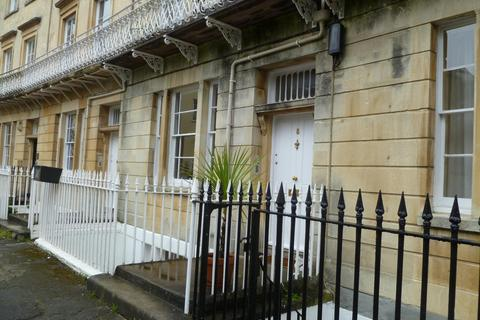 2 bedroom flat to rent - Saville Place, Clifton,