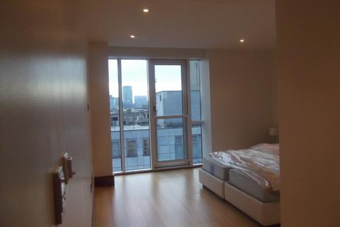 3 bedroom apartment to rent - Baker Street NW1