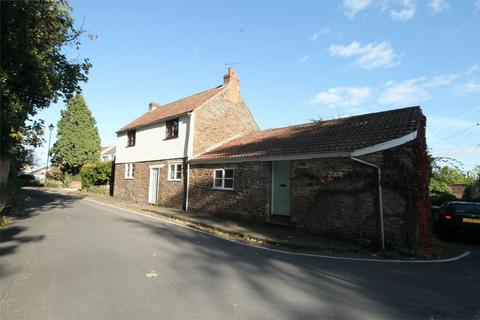 4 bedroom detached house to rent - Church Road, Frenchay, Bristol