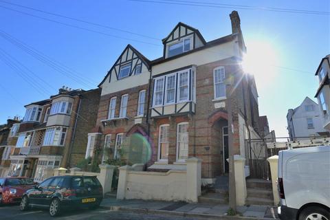 Studio to rent - Ramsgate