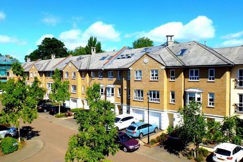 1 bedroom apartment to rent - Samuel Gray Gardens, Kingston Upon Thames, KT2