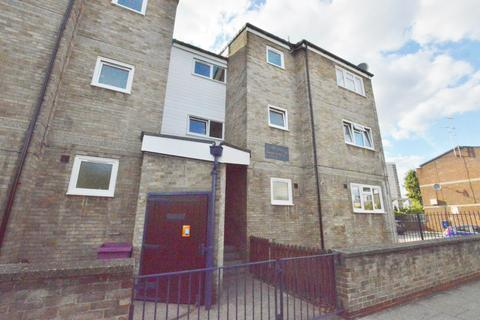 1 bedroom flat for sale - Parnell Road, Bow, London, E3 2RT