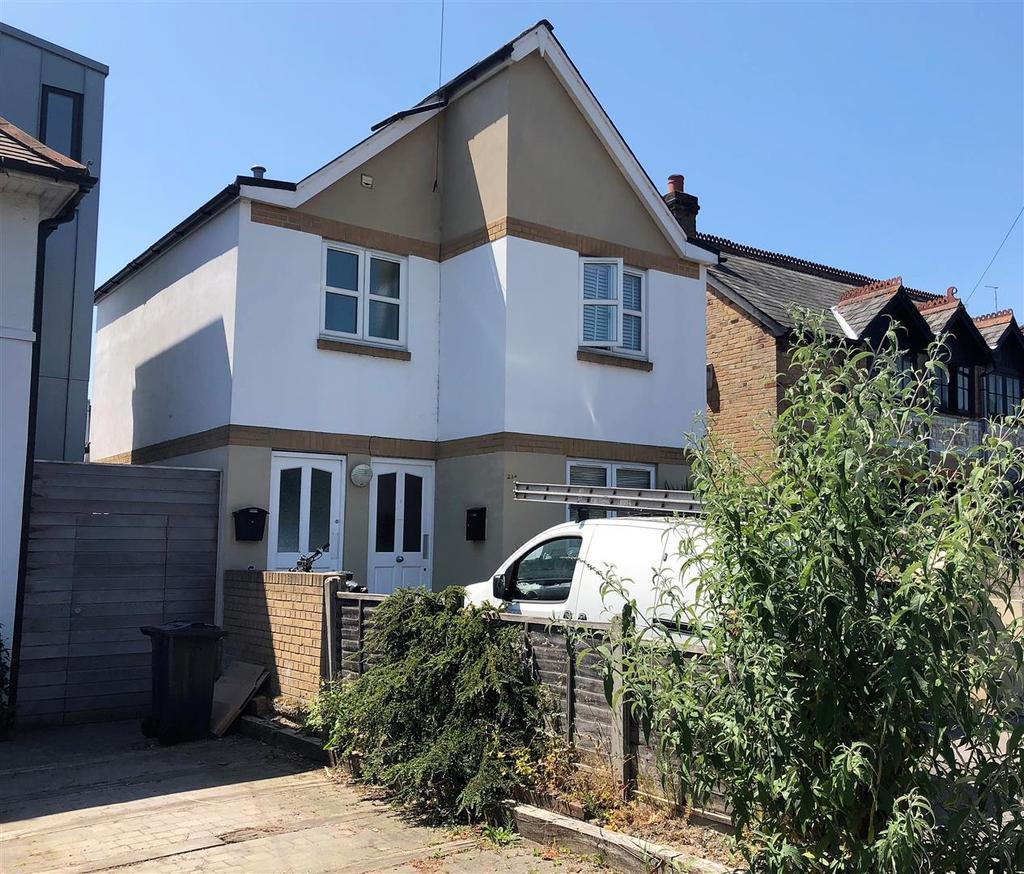 Worthington Crescent, Whitecliff, Poole 1 Bed Apartment