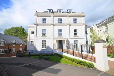 3 bedroom apartment to rent - Wellington Square, Cheltenham, Gloucestershire