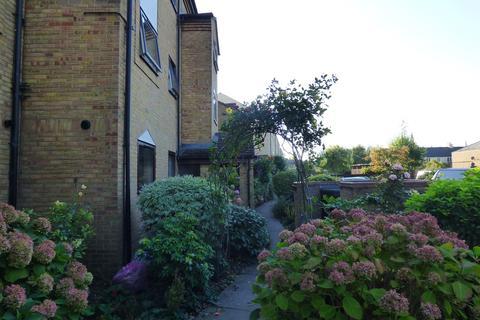 2 bedroom apartment to rent - Belton Street, STAMFORD, PE9