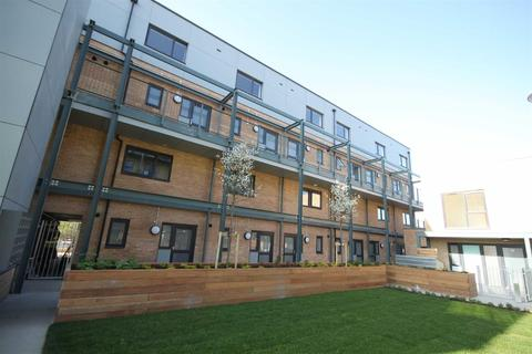 2 bedroom flat to rent - Grand Central, Cambridge