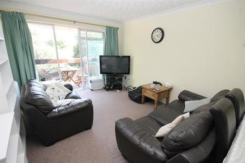 2 bedroom house to rent - Cairns Court, Norwich