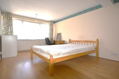 4 bedroom terraced house to rent - Penrhyn Road, Kingston Upon Thames