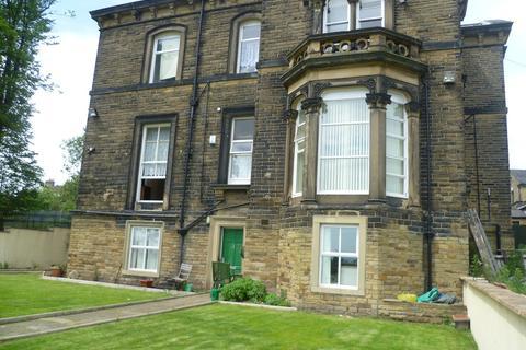 2 bedroom apartment to rent - Oak Villas, Allerton