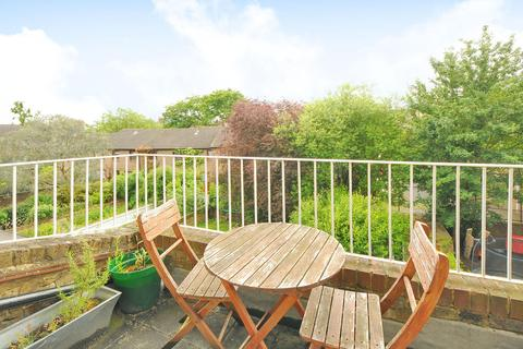 1 bedroom flat to rent - Hargrave Road,  Archway, N19