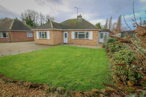 4 bedroom detached bungalow for sale - Middleton